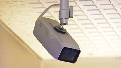 低機能な監視カメラ